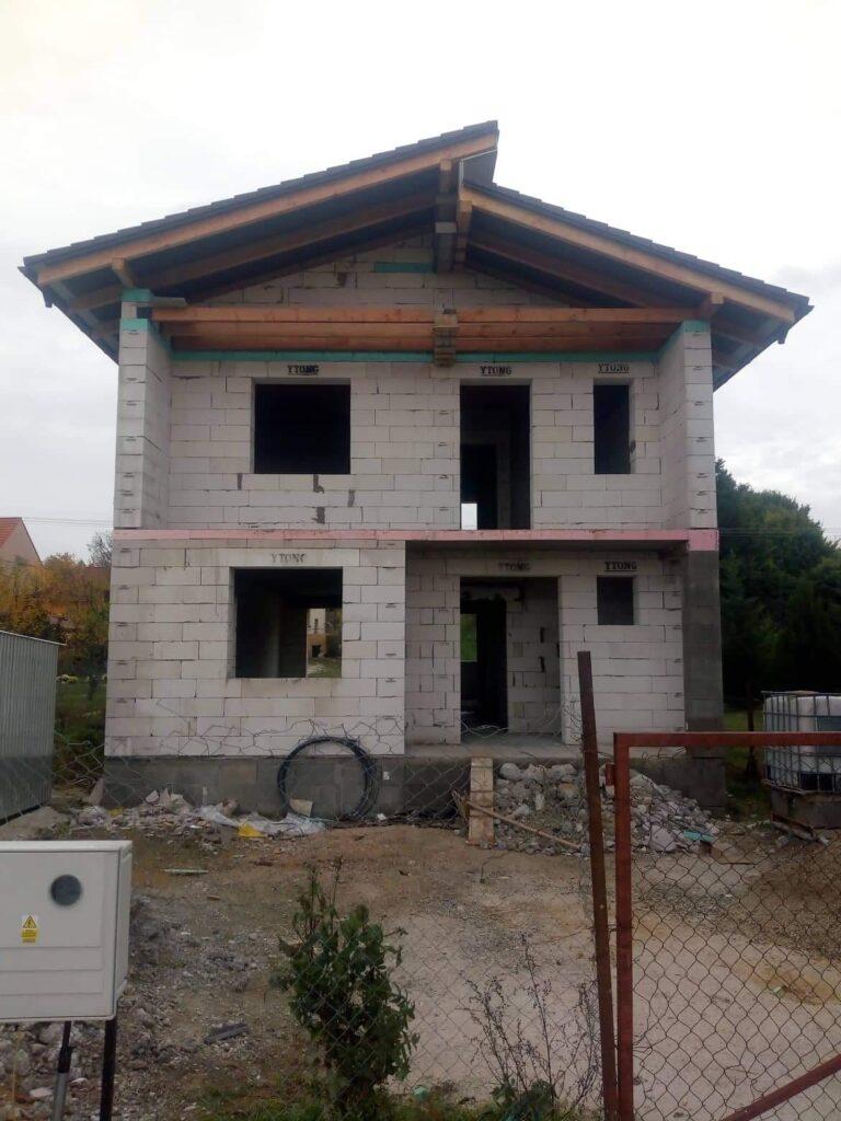 rozostaviany dom